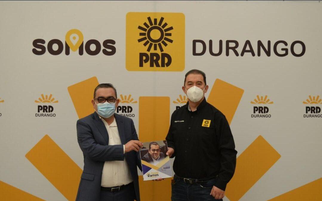 Entrega diputado David Ramos su informe de actividades legislativas al PRD