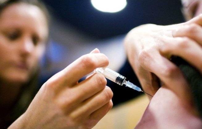 Con 3 millones de dosis, CDMX empieza vacunación contra influenza