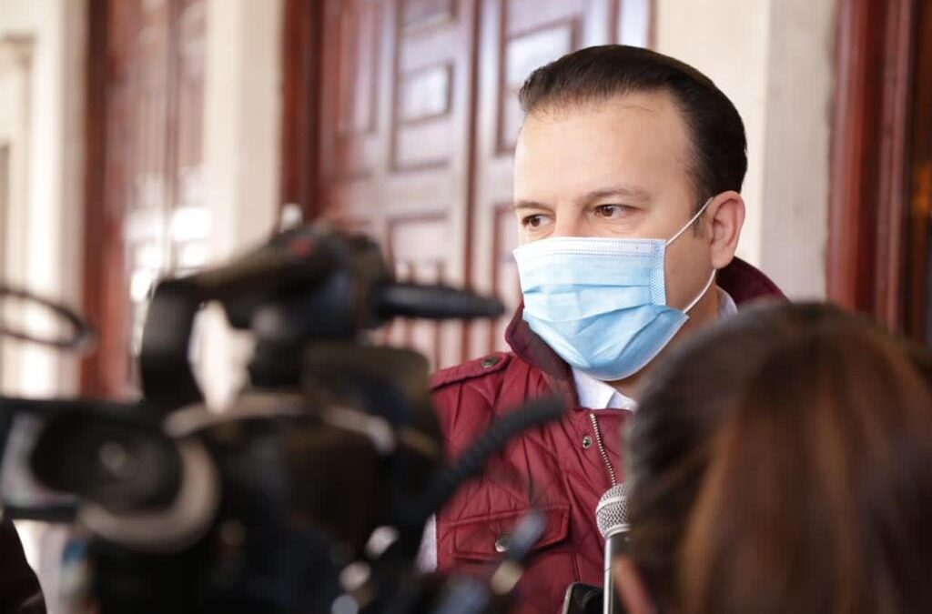 Presidentes Municipales facultados para sancionar a quienes no usen cubrebocas: EVV