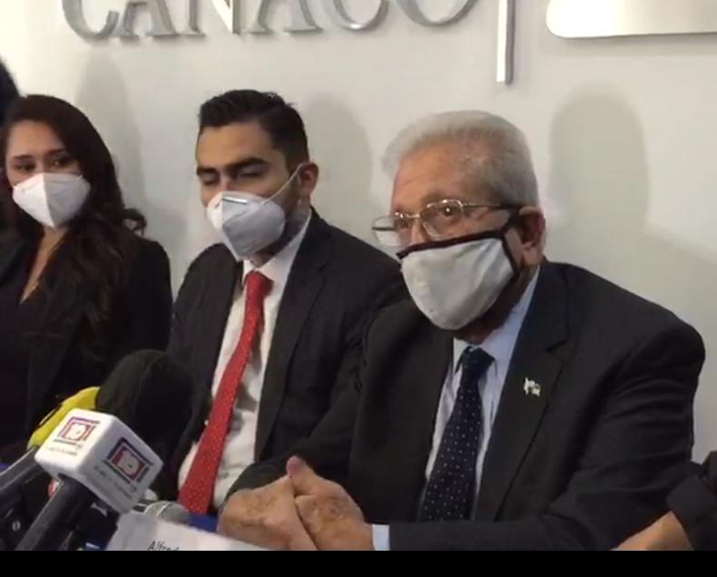 Embajador de Panamá, presente en la asamblea de Canaco