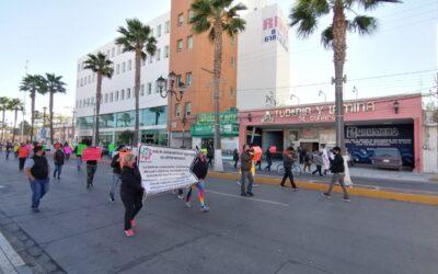 Protestan comerciantes por obras de cableado subterráneo del Centro Histórico