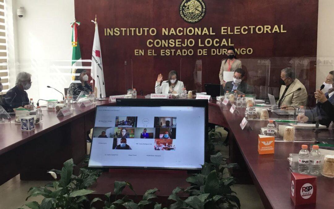 INE capacita a insaculados para ser funcionarios de casilla