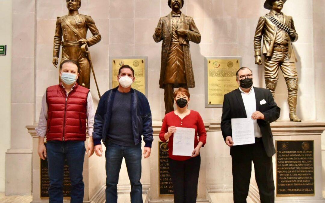 Exigen que se vacune atodos los trabajadores de la salud
