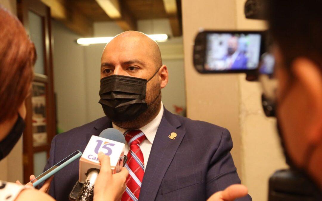 Iván Gurrola exhorta a partidos políticos a que se relajen
